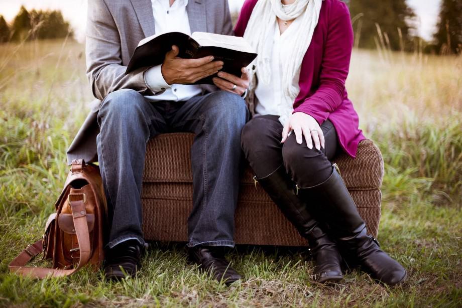 Best premarital counseling programs books