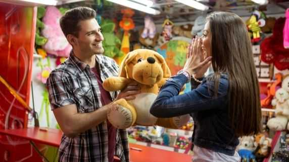 When A Guy Gives You A Teddy Bear Does It Mean He Loves You?